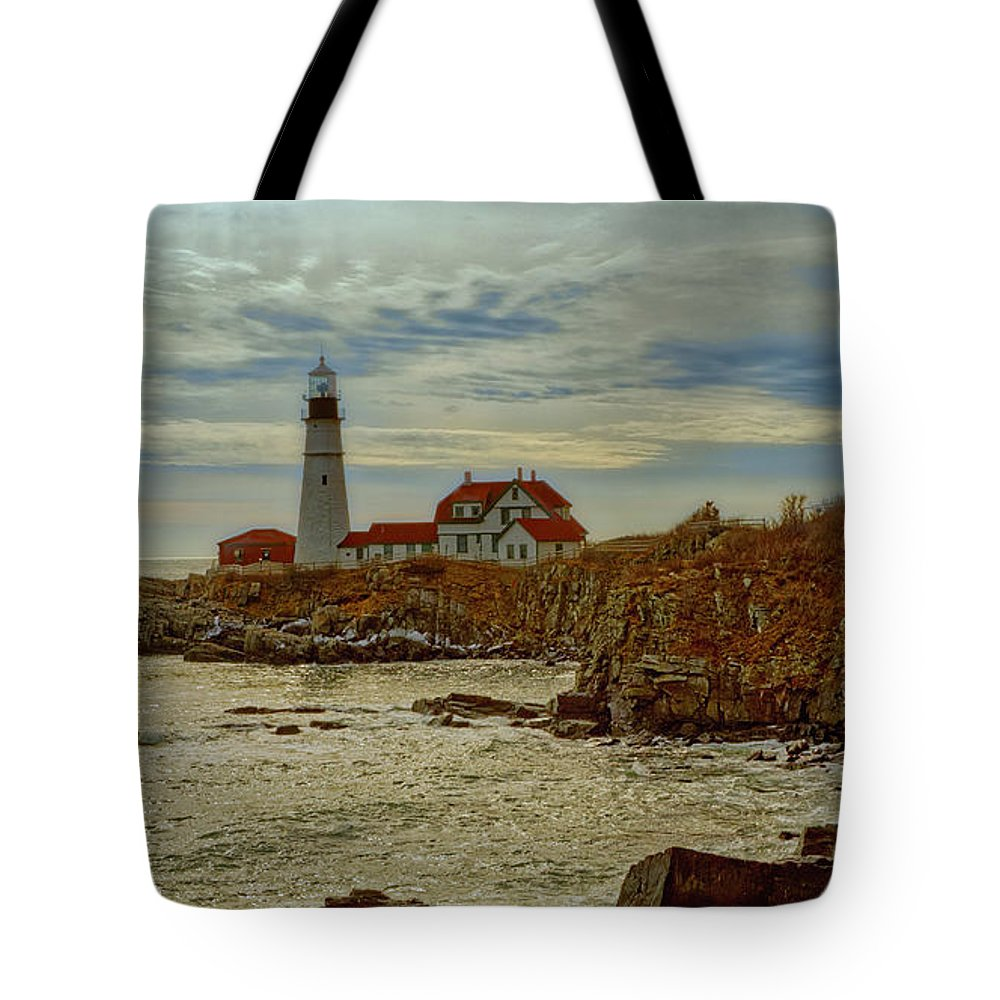 Atlantic Tote Bag featuring the photograph Portland Head Light by Ronn Orenstein