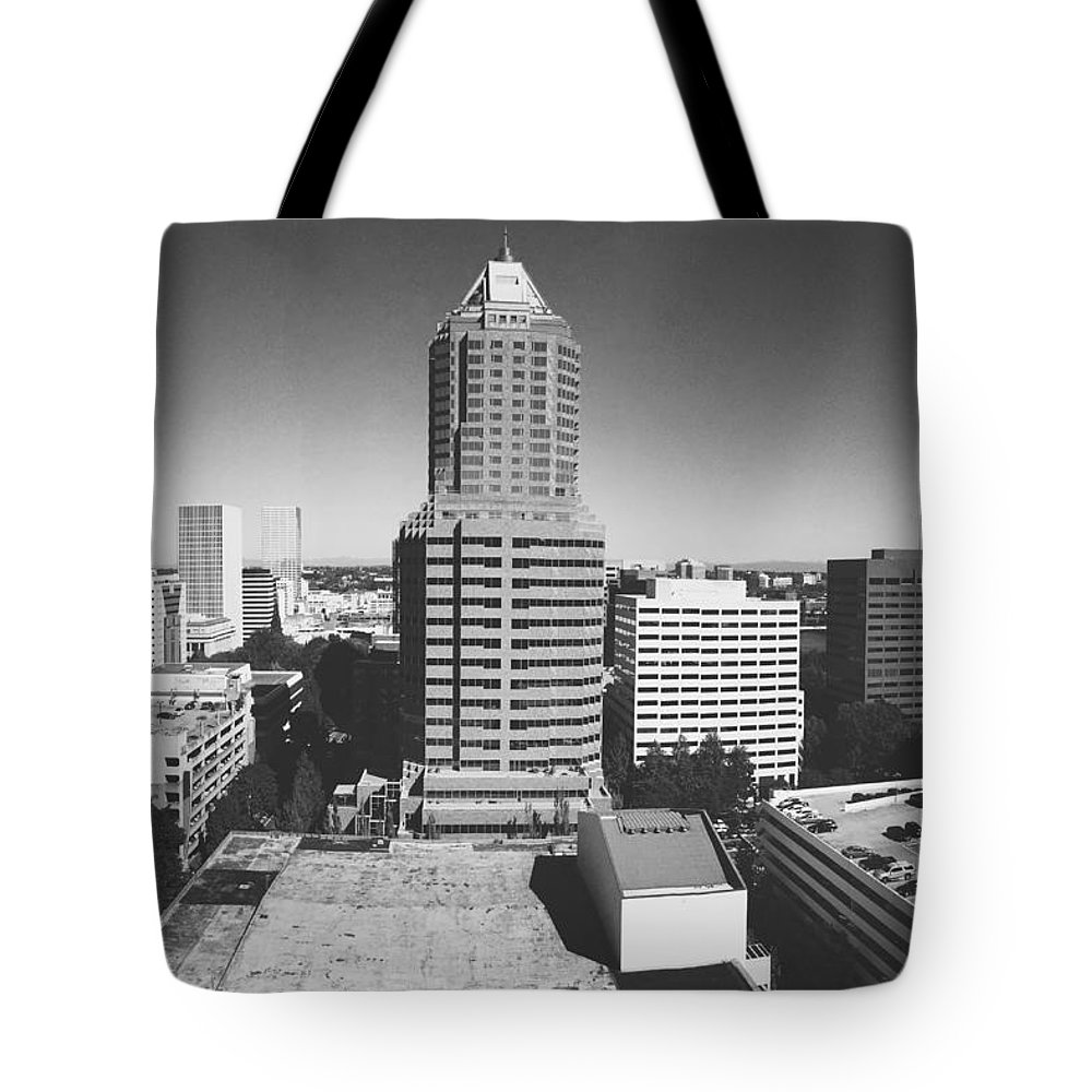 Black And White Tote Bag featuring the photograph Portland by Steven Bustrin