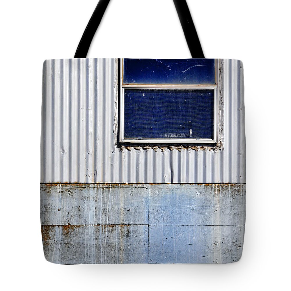 Skip Hunt Tote Bag featuring the photograph Powder Blu by Skip Hunt