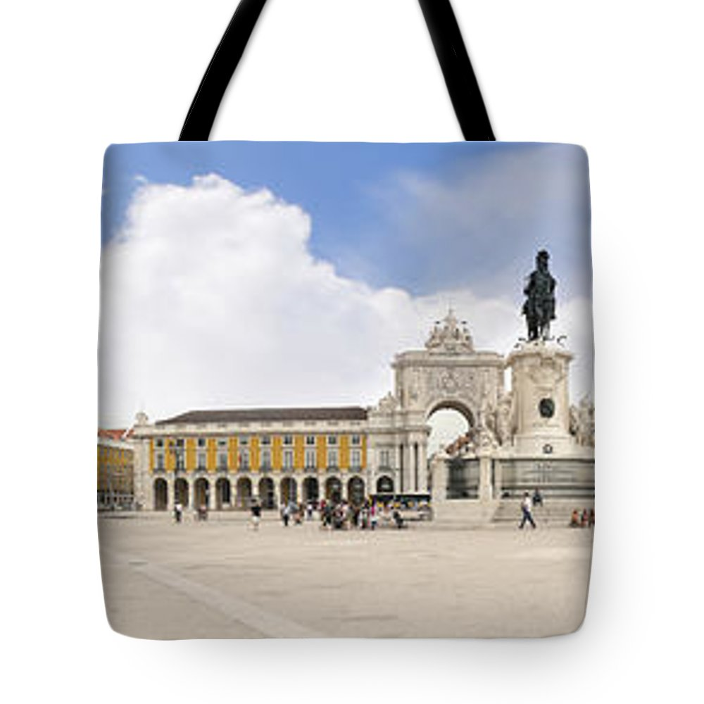 Praca Do Comercio Tote Bag featuring the photograph Praca Do Comercio, The Square Of Commerce by Brenda Kean