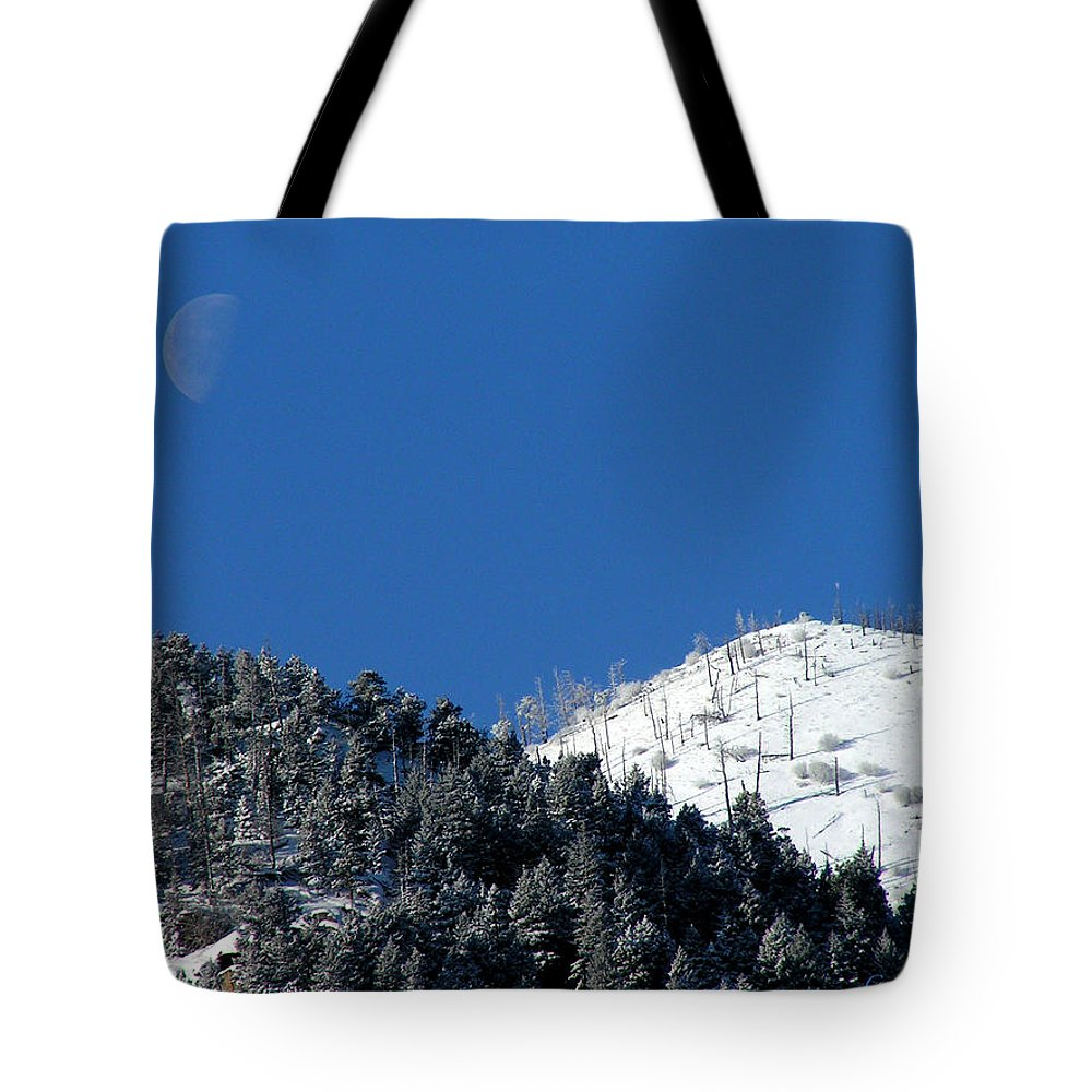 Winter Moon Sugarloaf Mountain Rocky Mountains Colorado Snow Zen Simple Fourmilecanyon Tote Bag featuring the photograph Pristine Winter Morning by George Tuffy