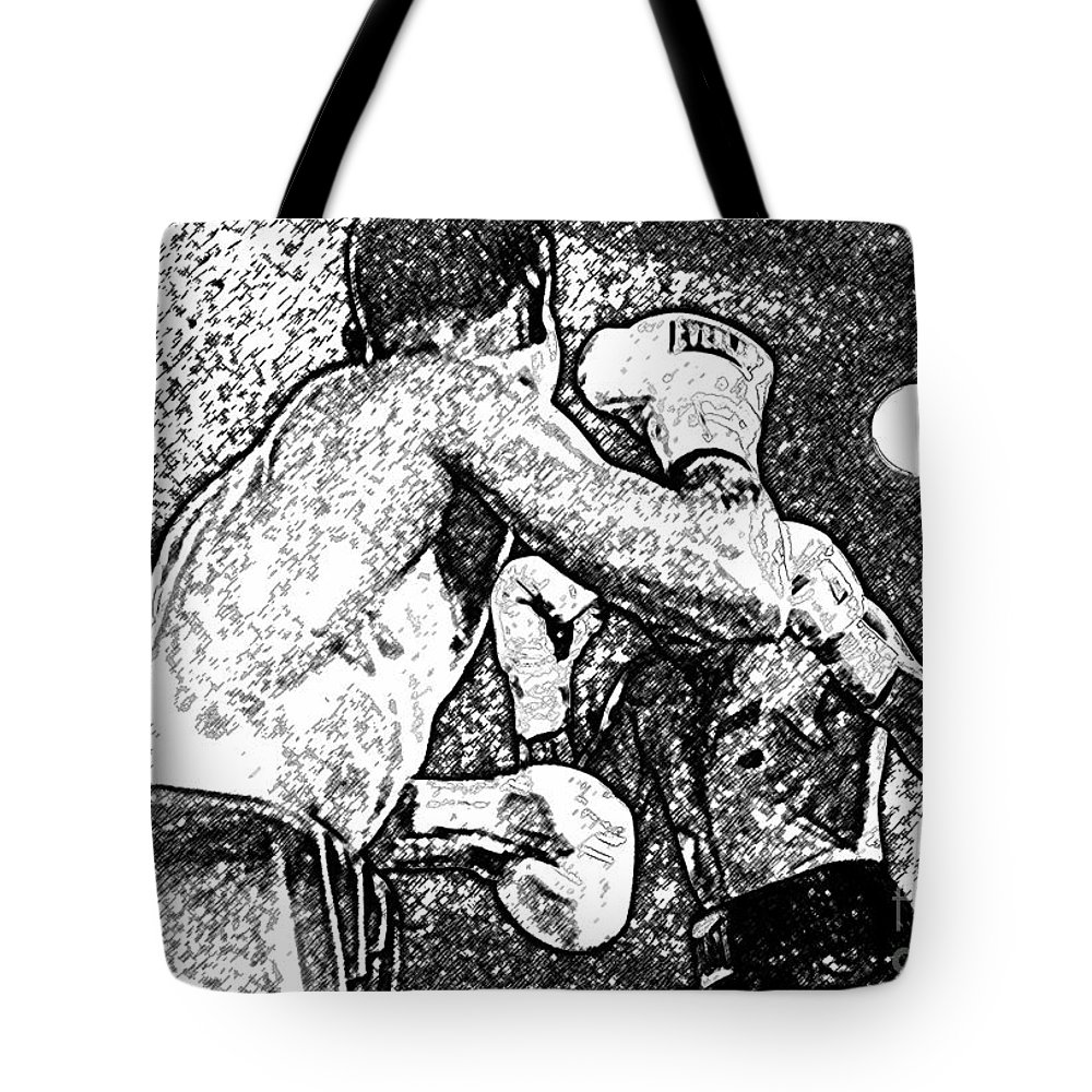 Prize Fighting Tote Bag featuring the photograph Prize Fighters by David Lee Thompson