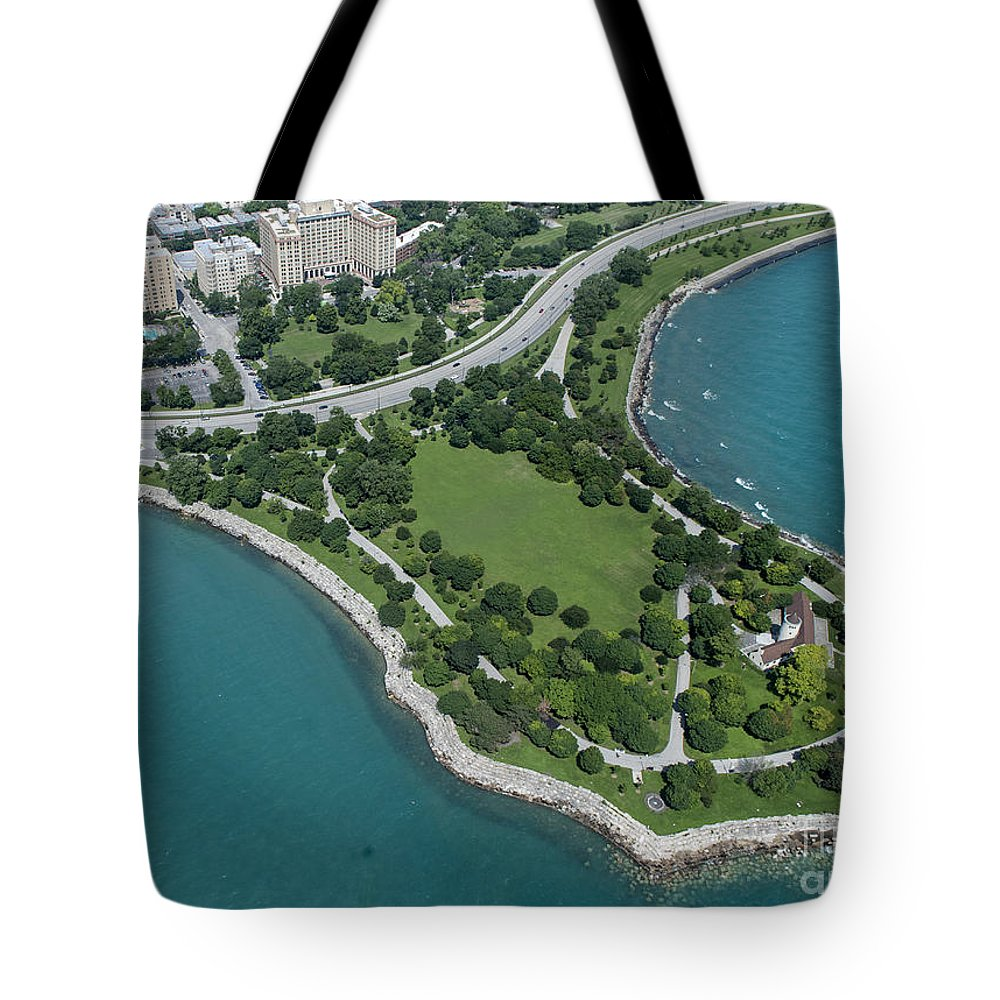 Promontory Point Tote Bag featuring the photograph Promontory Point In Burnham Park In Chicago Aerial Photo by David Oppenheimer