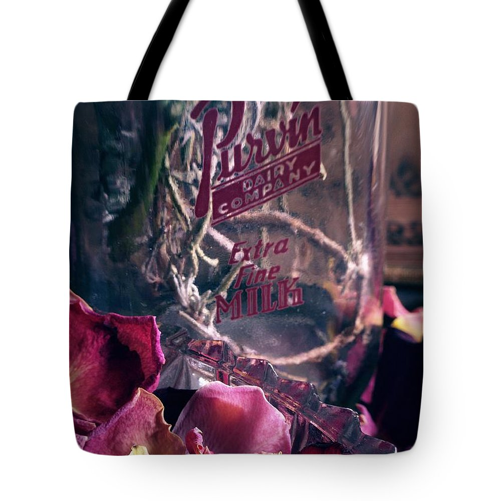 Flowers Tote Bag featuring the photograph Purv... by Arthur Miller