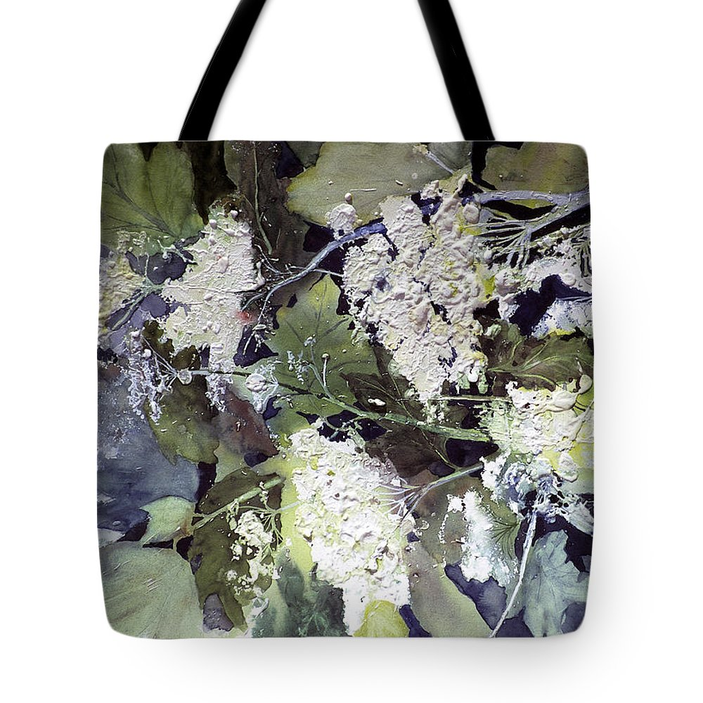 Queen Annes Lace Tote Bag featuring the painting Queen Anne's Lace by Connie Williams