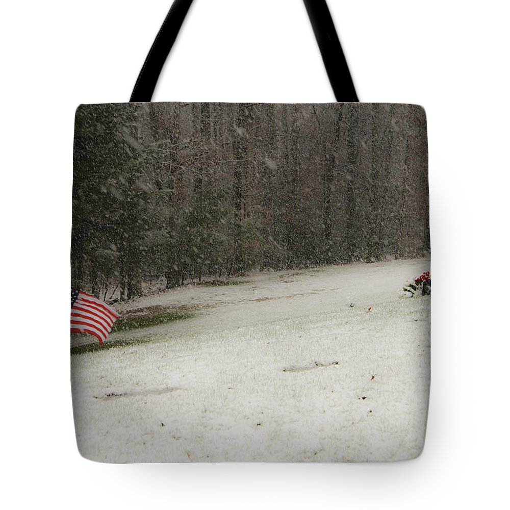 Cemetery Tote Bag featuring the photograph Quiet Remembrance Quantico National Cemetery by Teresa Mucha