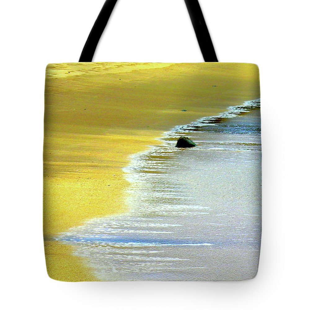Hawaii Beach Tote Bag featuring the photograph Quiet Time by James Temple