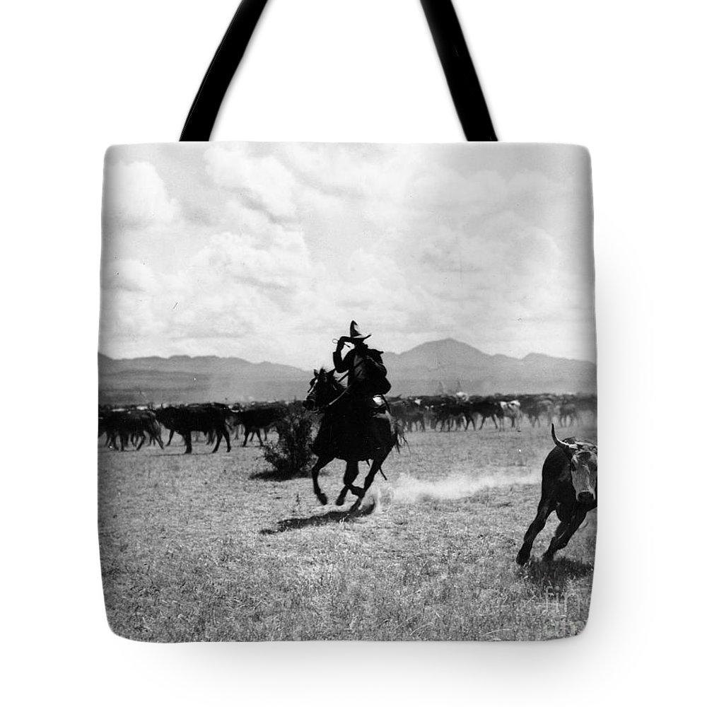 Texas A Tote Bags