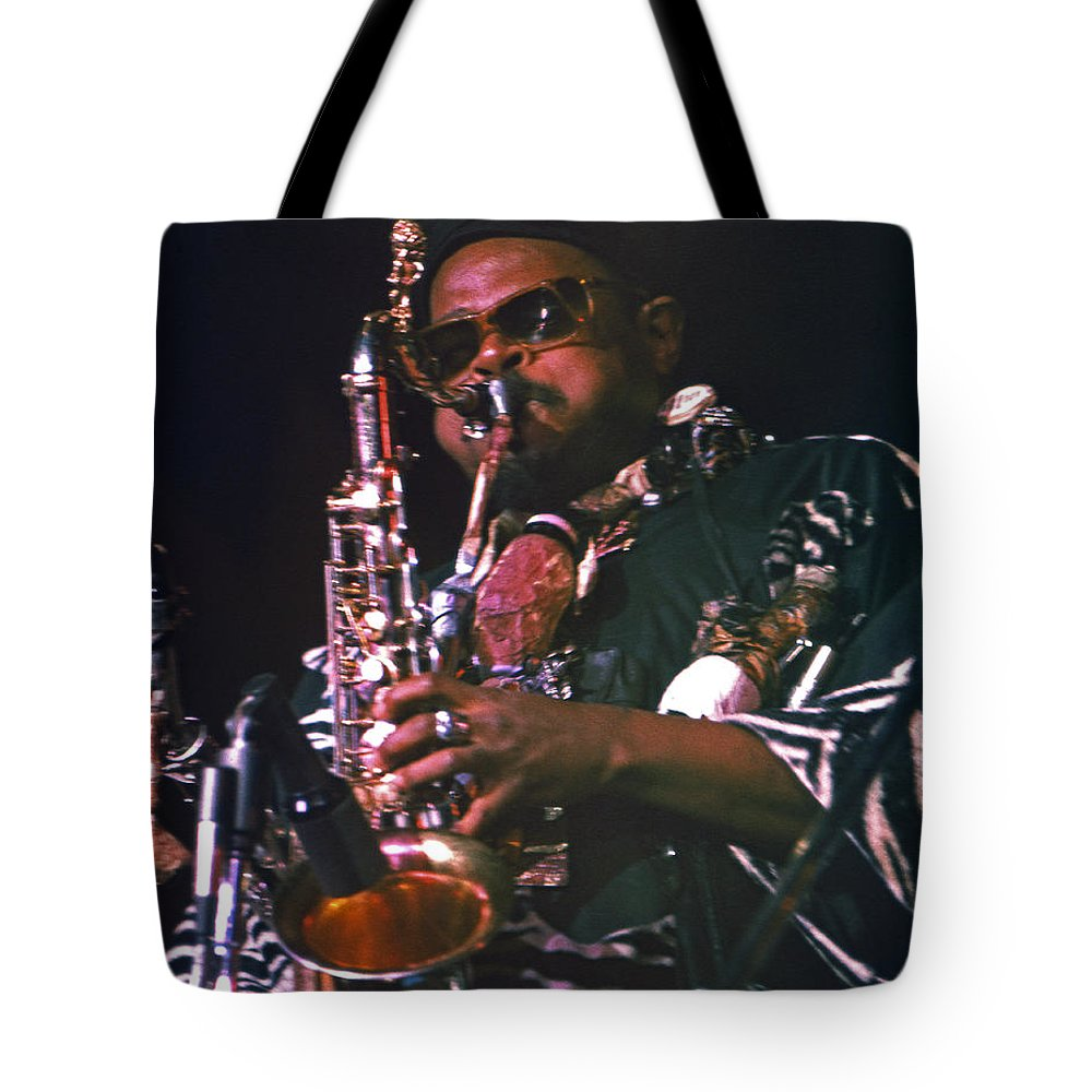 Rahsaan Roland Kirk Tote Bag featuring the photograph Rahsaan Roland Kirk 4 by Lee Santa