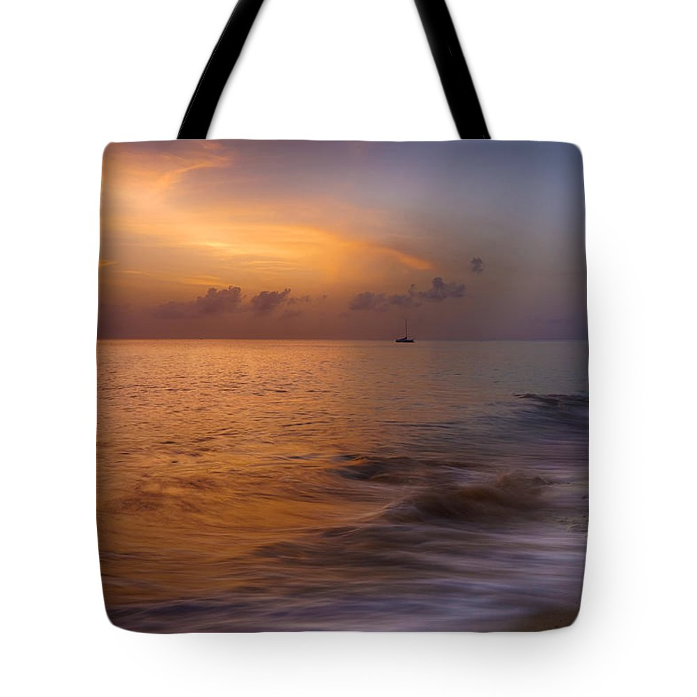 Pristine Tote Bag featuring the photograph Rainbow Beach Sunset by Amanda Jones