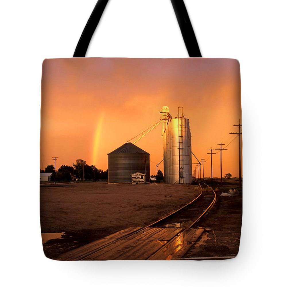 Potter Tote Bag featuring the photograph Rainbow In Potter by Jerry McElroy
