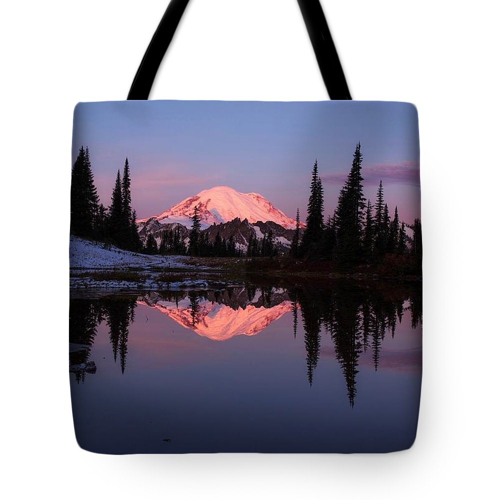 Rainier Sunrise Tote Bag featuring the photograph Rainier Sunrise by Lynn Hopwood