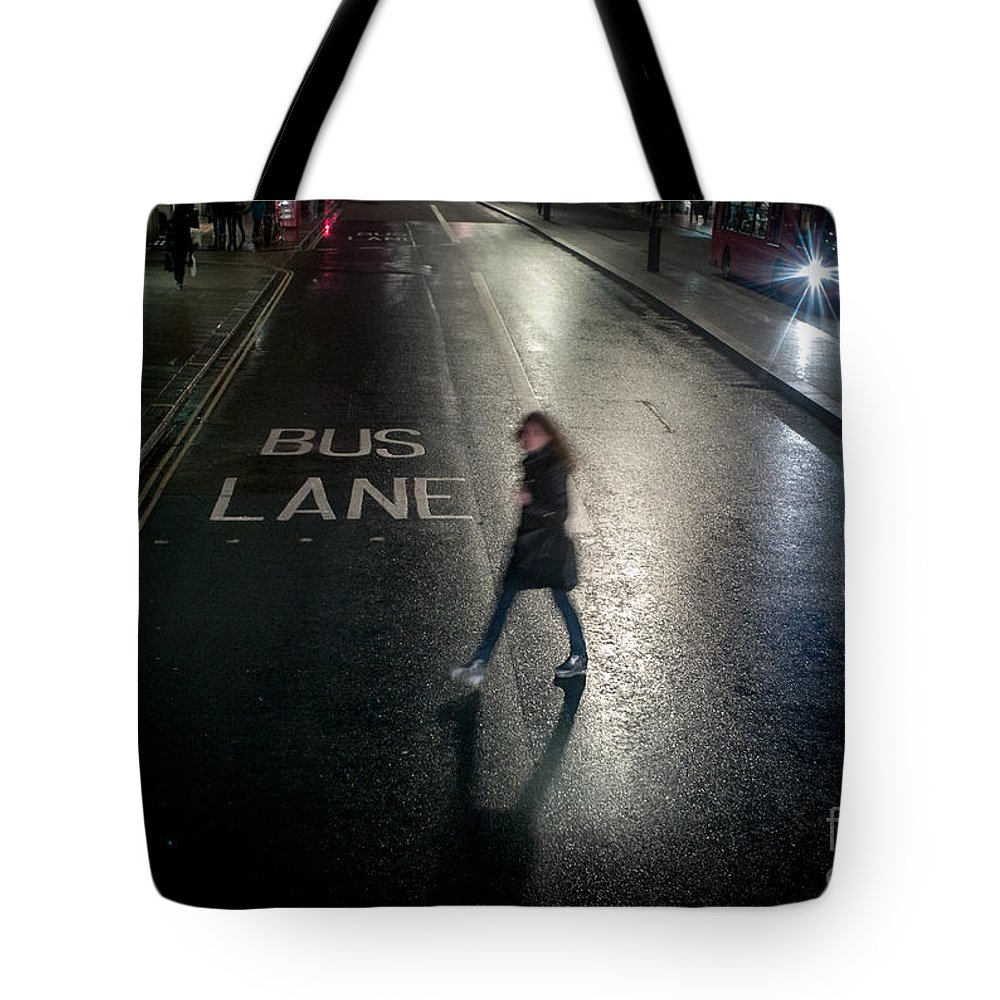 Woman Tote Bag featuring the pyrography Rainy Cold Whether In London by Cyril Jayant