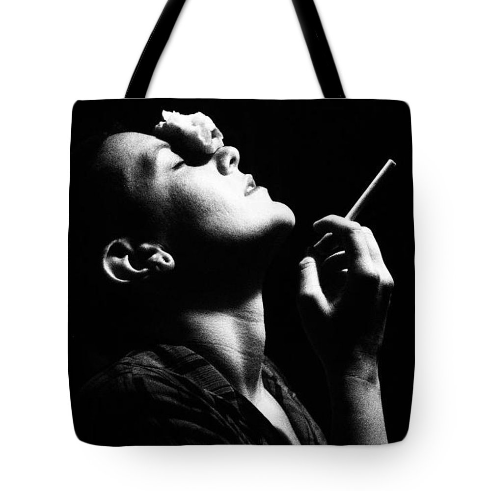Women Tote Bag featuring the photograph Raven by James Hunter
