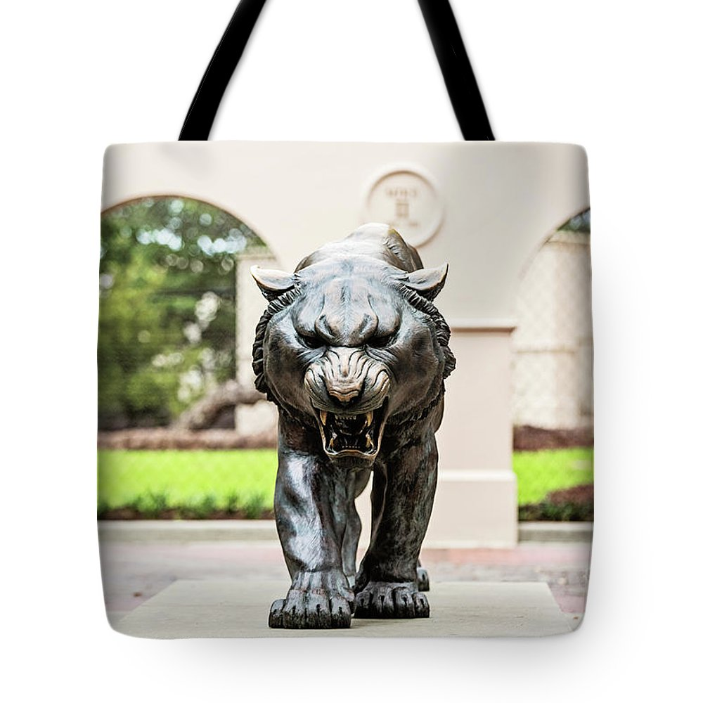 Lsu Tote Bag featuring the photograph Ready For The Challenge by Scott Pellegrin
