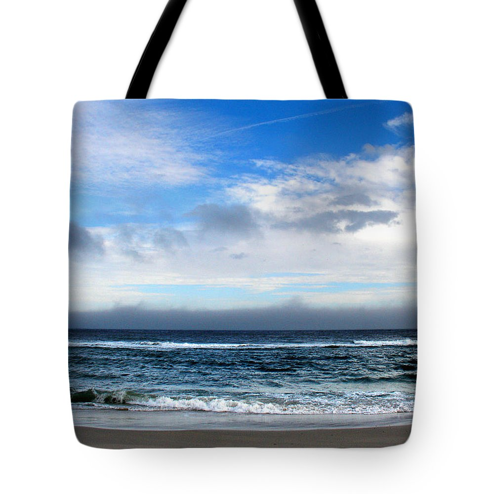 Seascape Tote Bag featuring the photograph Receding Fog Seascape by Steve Karol