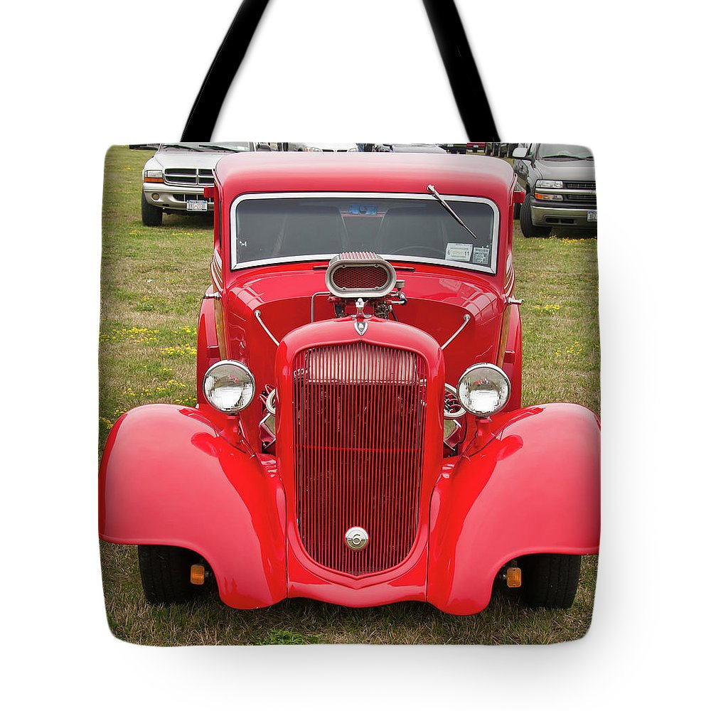 Antique Car Tote Bag featuring the photograph Red 1990 by Guy Whiteley