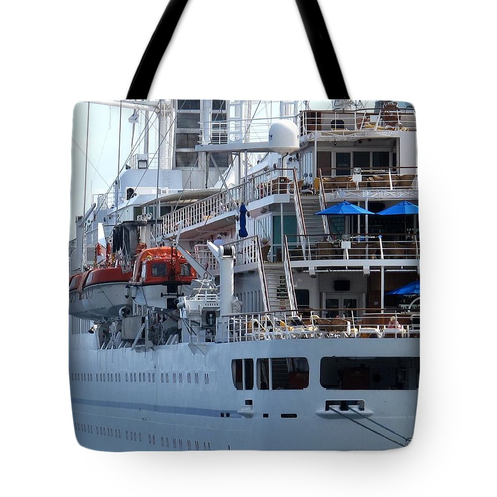 Ship Tote Bag featuring the photograph Red And Blue by Ian MacDonald
