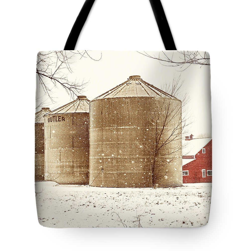 Americana Tote Bag featuring the photograph Red Barn In Snow by Marilyn Hunt