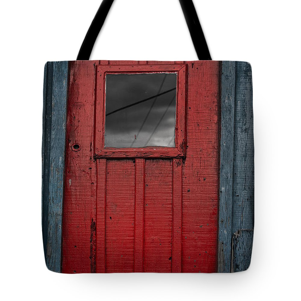 Red Door Tote Bag featuring the photograph Red Door by Edgar Laureano