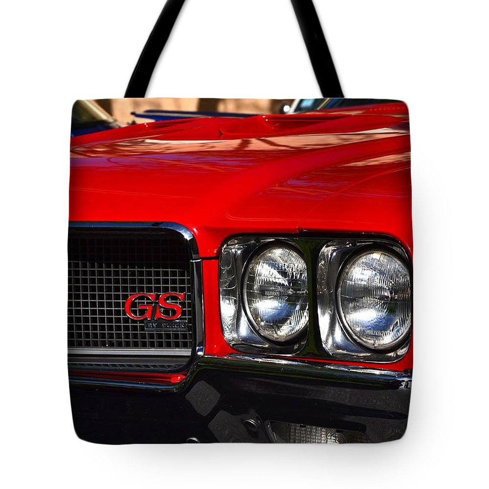 Tote Bag featuring the photograph Red Gs by Dean Ferreira