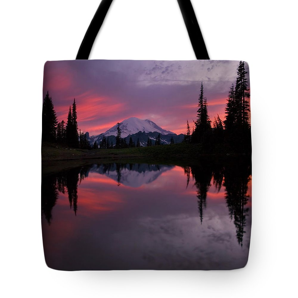 Rainier Tote Bag featuring the photograph Red Sky At Night by Mike Dawson