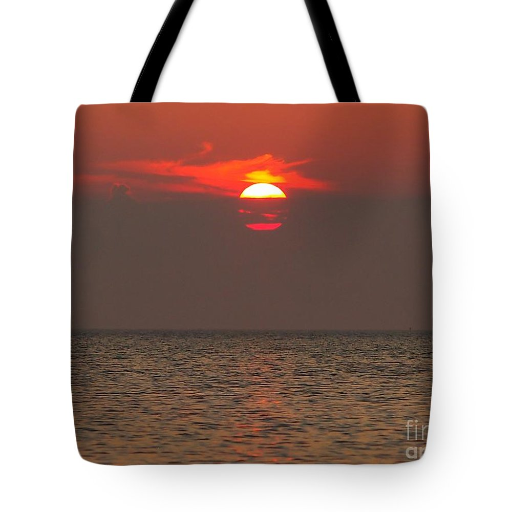 Sunrise Tote Bag featuring the photograph Red Surise by Donny Morse