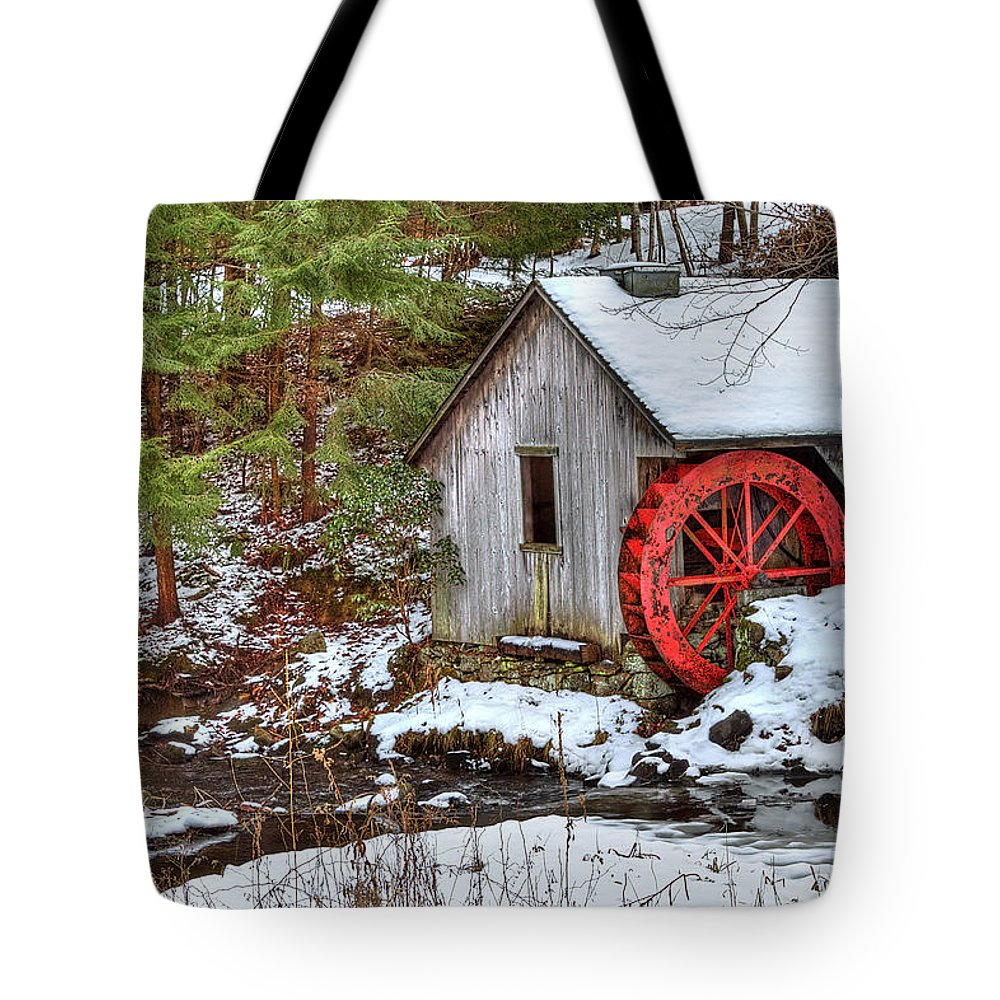Cold Tote Bag featuring the photograph Red Wheel by Evelina Kremsdorf