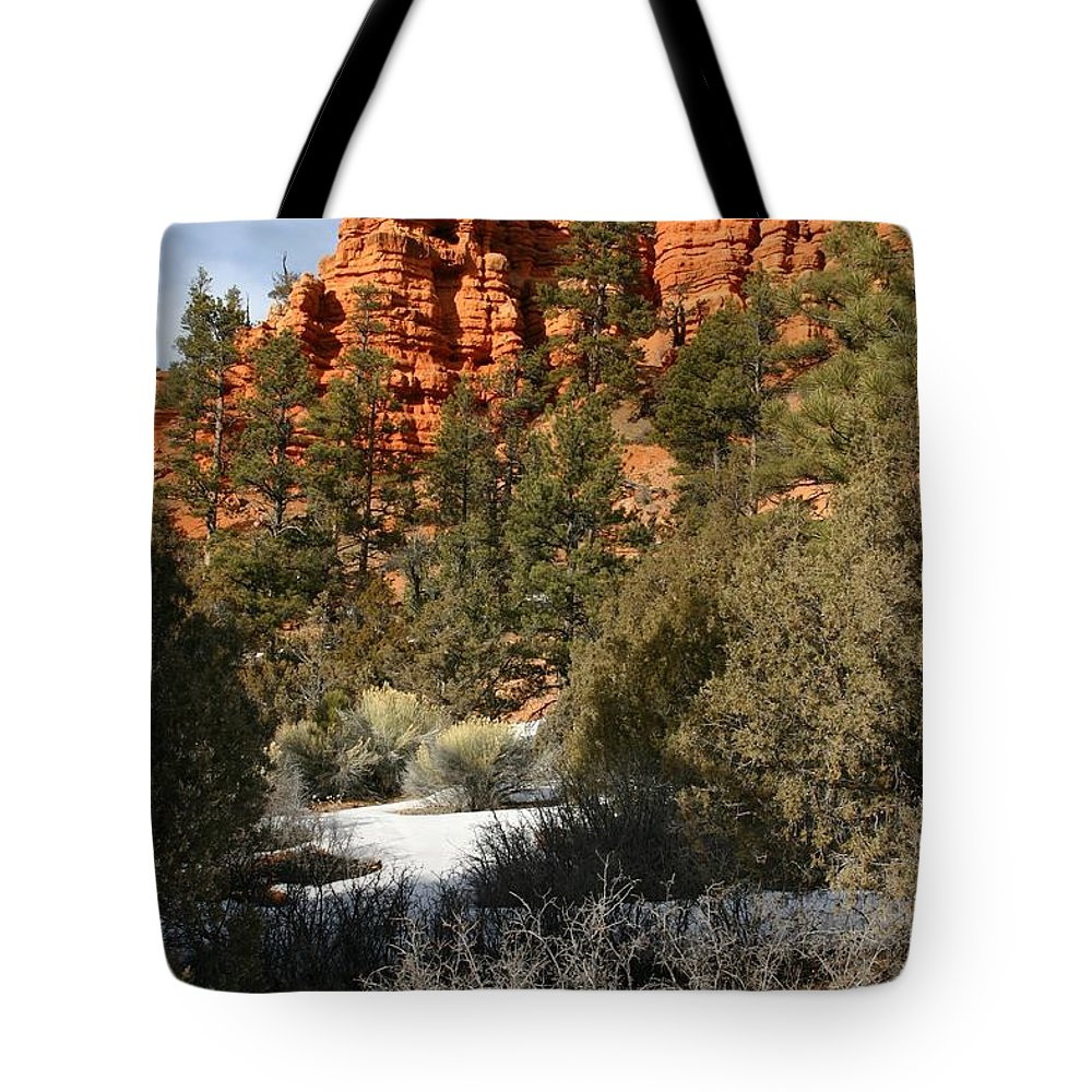 Red Rocks Tote Bag featuring the photograph Redrock Winter by Nelson Strong