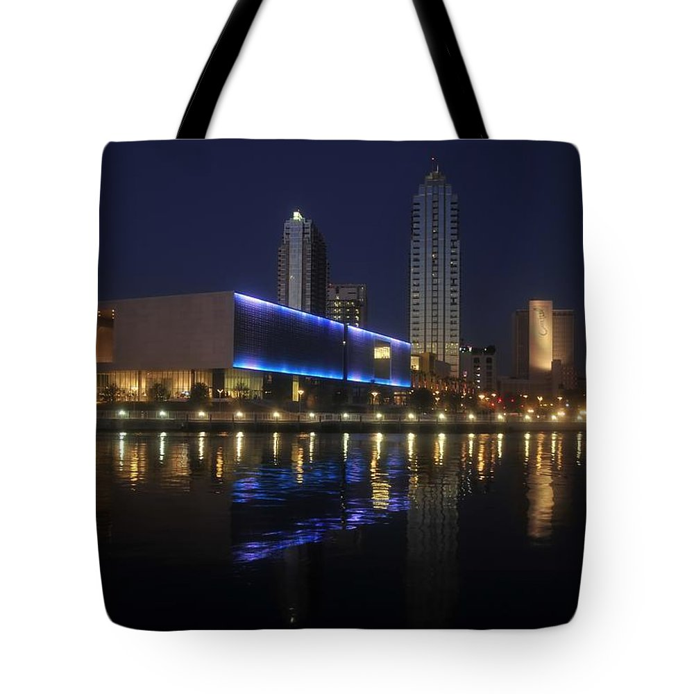 Tampa Florida Tote Bag featuring the photograph Reflections On Tampa by David Lee Thompson