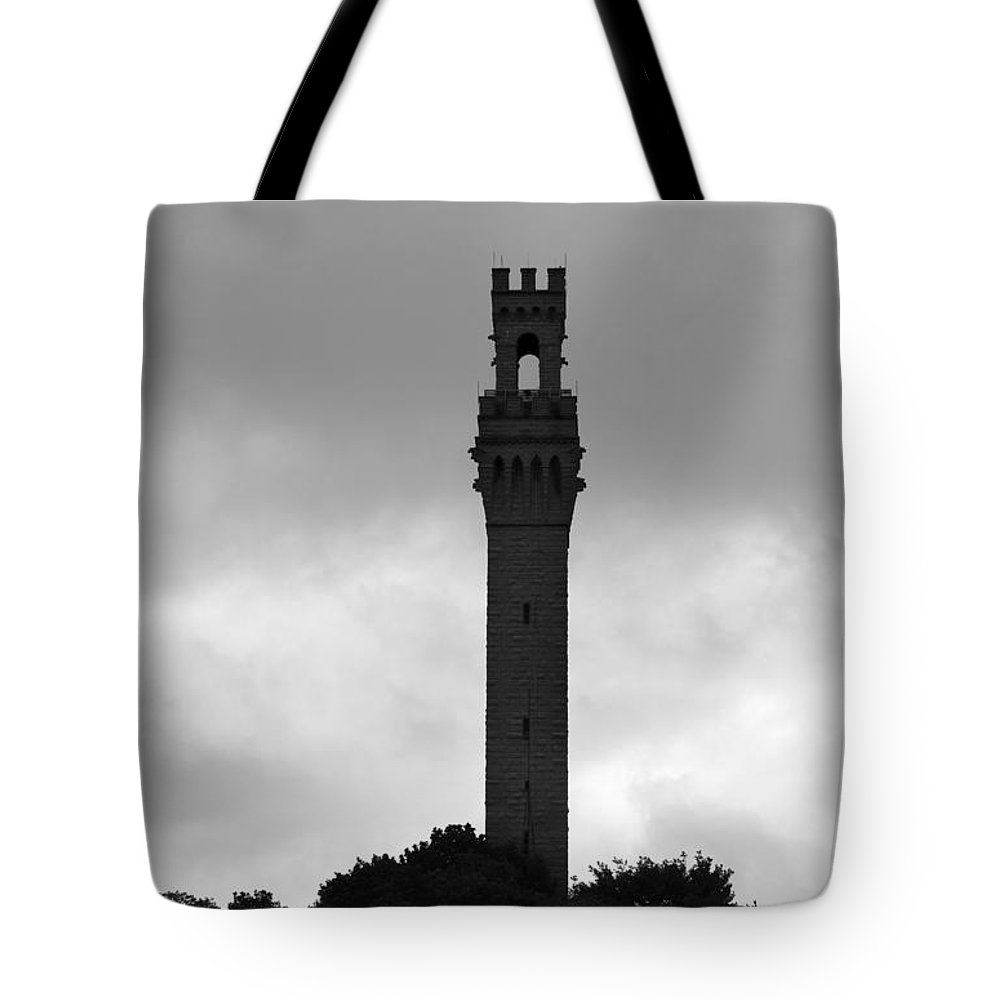 Mayflower Pilgrims Tote Bag featuring the photograph Remembrance Of The Mayflowers First Landing by Michelle Constantine