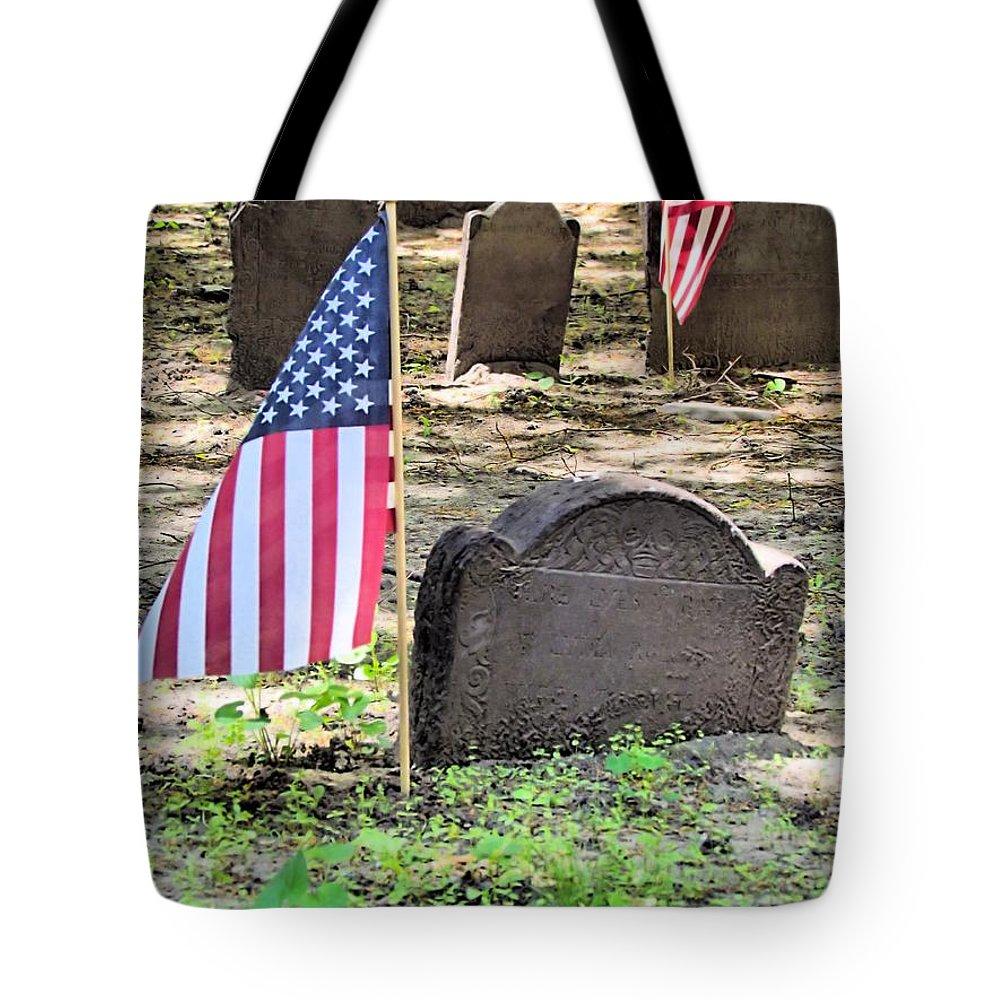 Revolutionary War Veteran Tote Bag featuring the photograph Revolutionary War Veteran by Elizabeth Dow