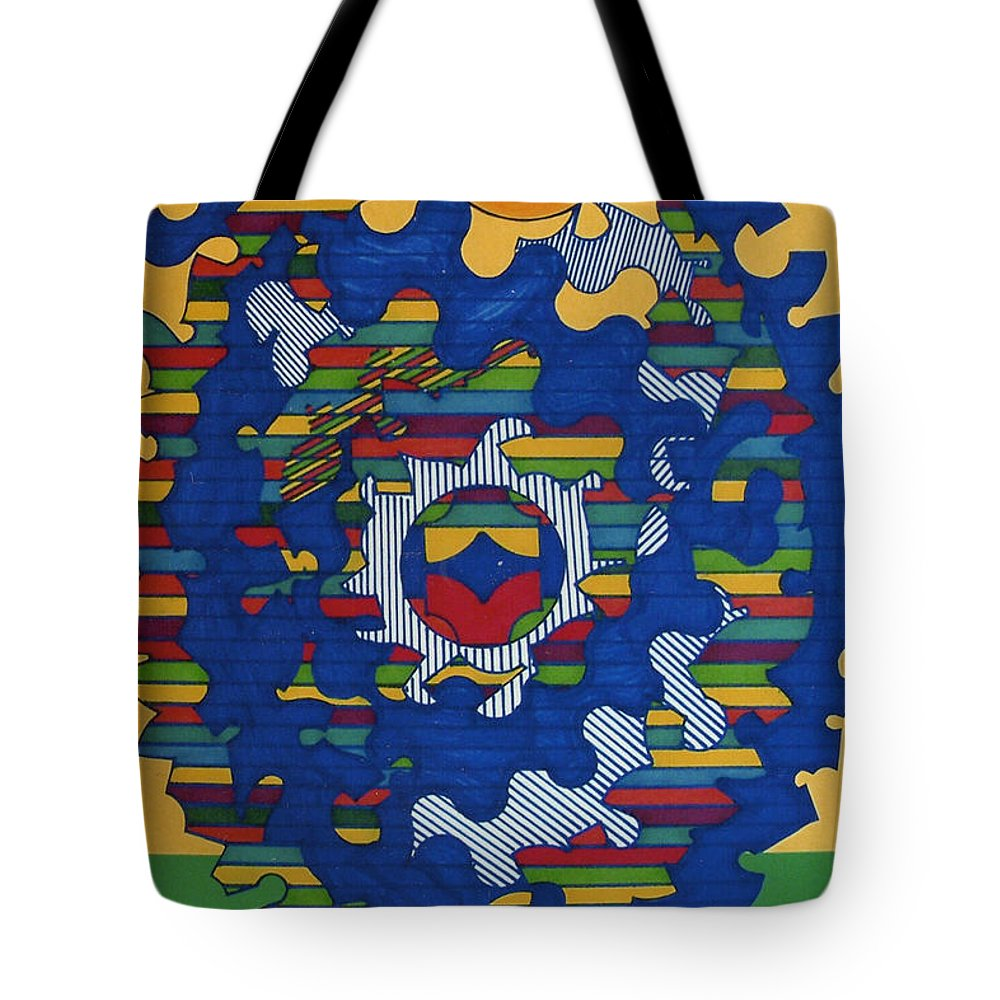 Brilliant Sun Tote Bag featuring the drawing Rfb0419 by Robert F Battles