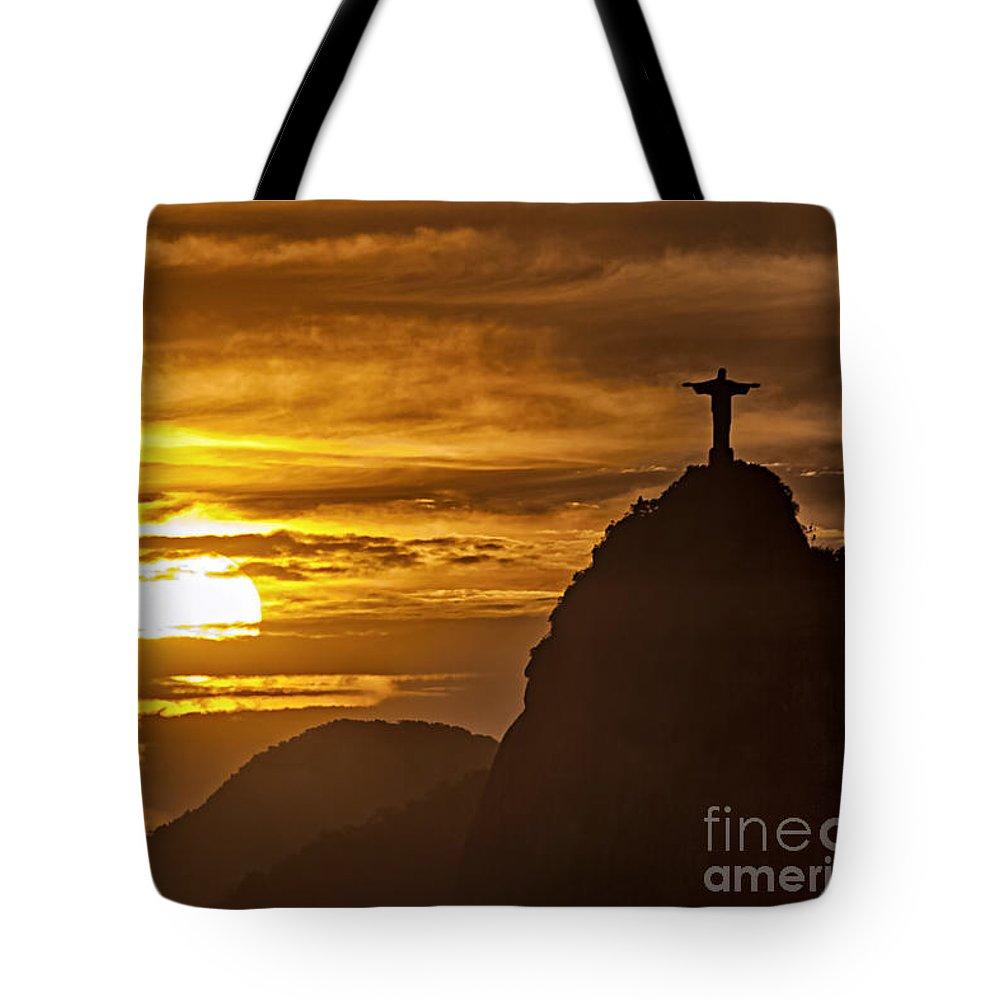 Reiseziel Tote Bag featuring the photograph Rio de Janeiro Christ statue by Juergen Held