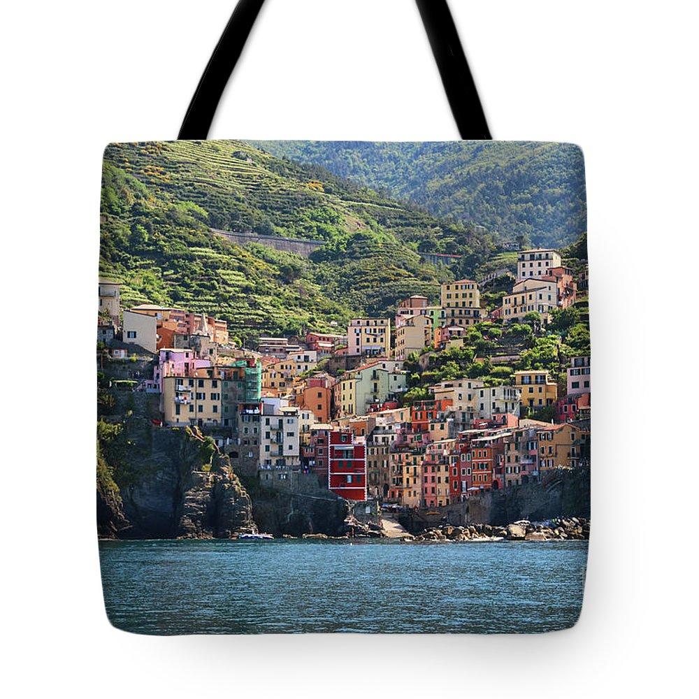 Cinque Terre Tote Bag featuring the photograph Riomaggiore 0577 by Jack Schultz