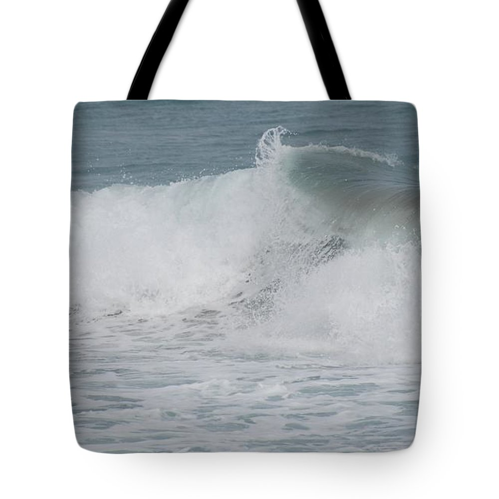 White Tote Bag featuring the photograph Ripple by Rob Hans