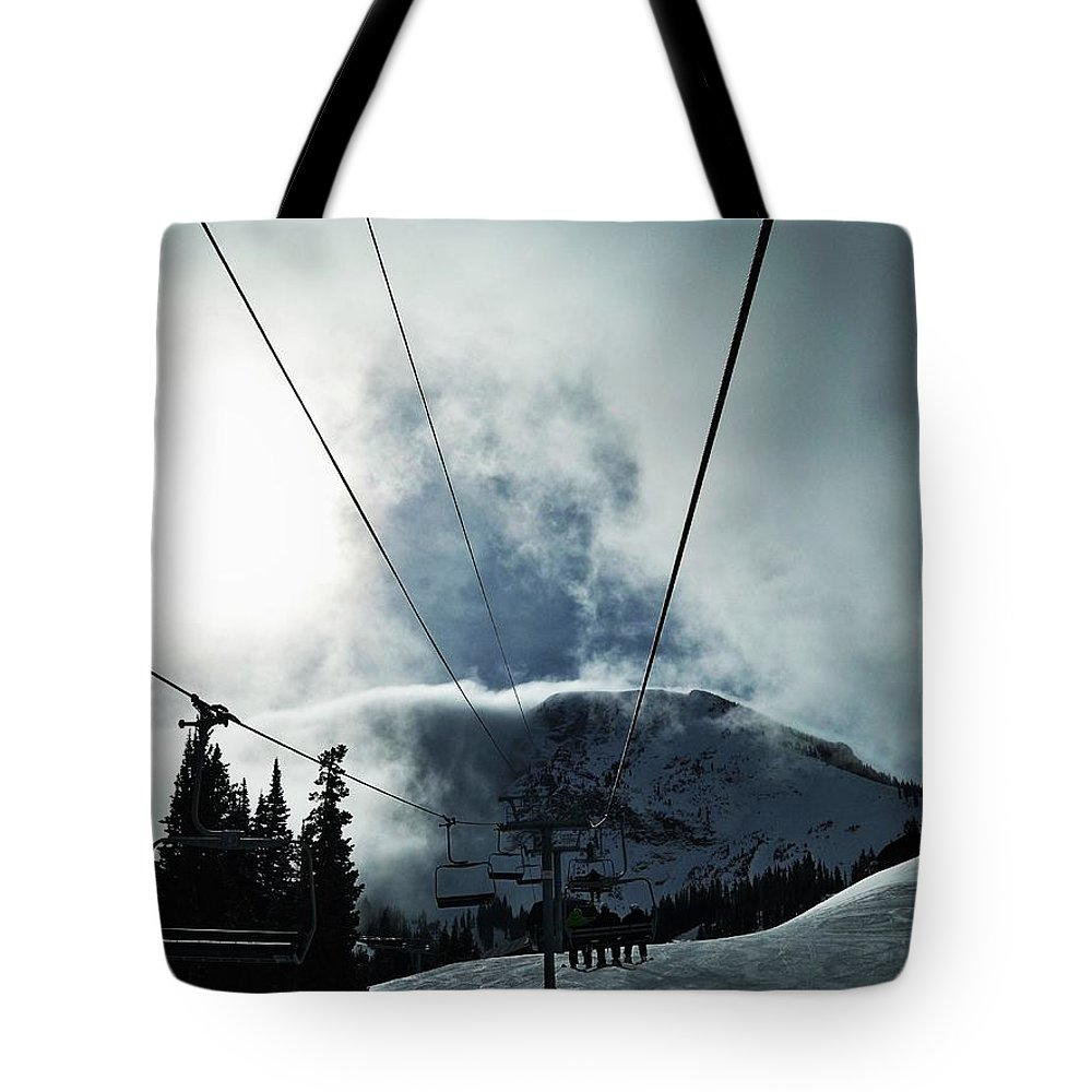 Landscape Tote Bag featuring the photograph Rise To The Sun by Michael Cuozzo