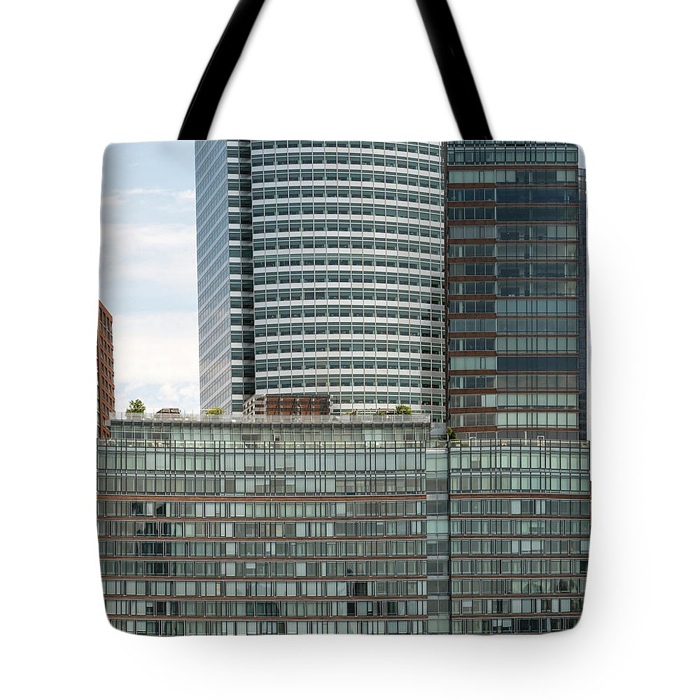 Riverhouse Tote Bag featuring the photograph Riverhouse, One Rockefeller Park At 2 River Terrace In Battery Park City by David Oppenheimer