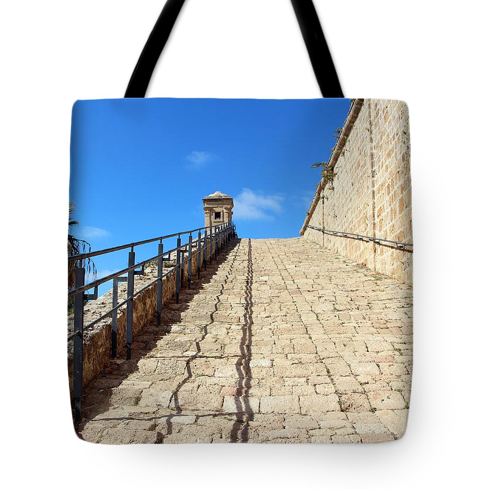 Road To Heaven Tote Bag featuring the photograph Road To Heaven by Munir Alawi