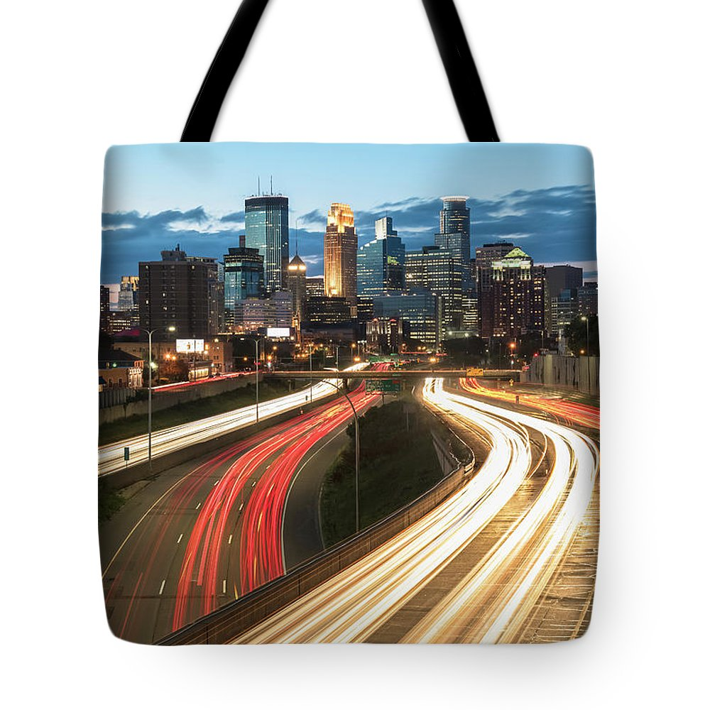 Minneapolis Tote Bag featuring the photograph Road To Minneapolis by Ryan Heffron