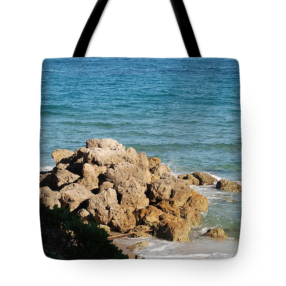 Sea Scape Tote Bag featuring the photograph Rocky Shoreline by Rob Hans