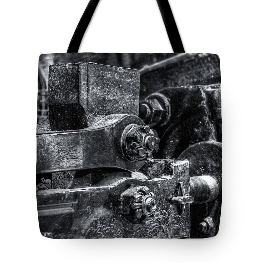 Machinery Tote Bag featuring the photograph Rods Of Steel by Scott Wyatt