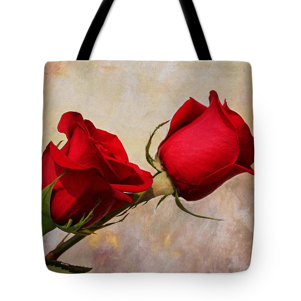 Rose Tote Bag featuring the photograph Romance by Judy Vincent