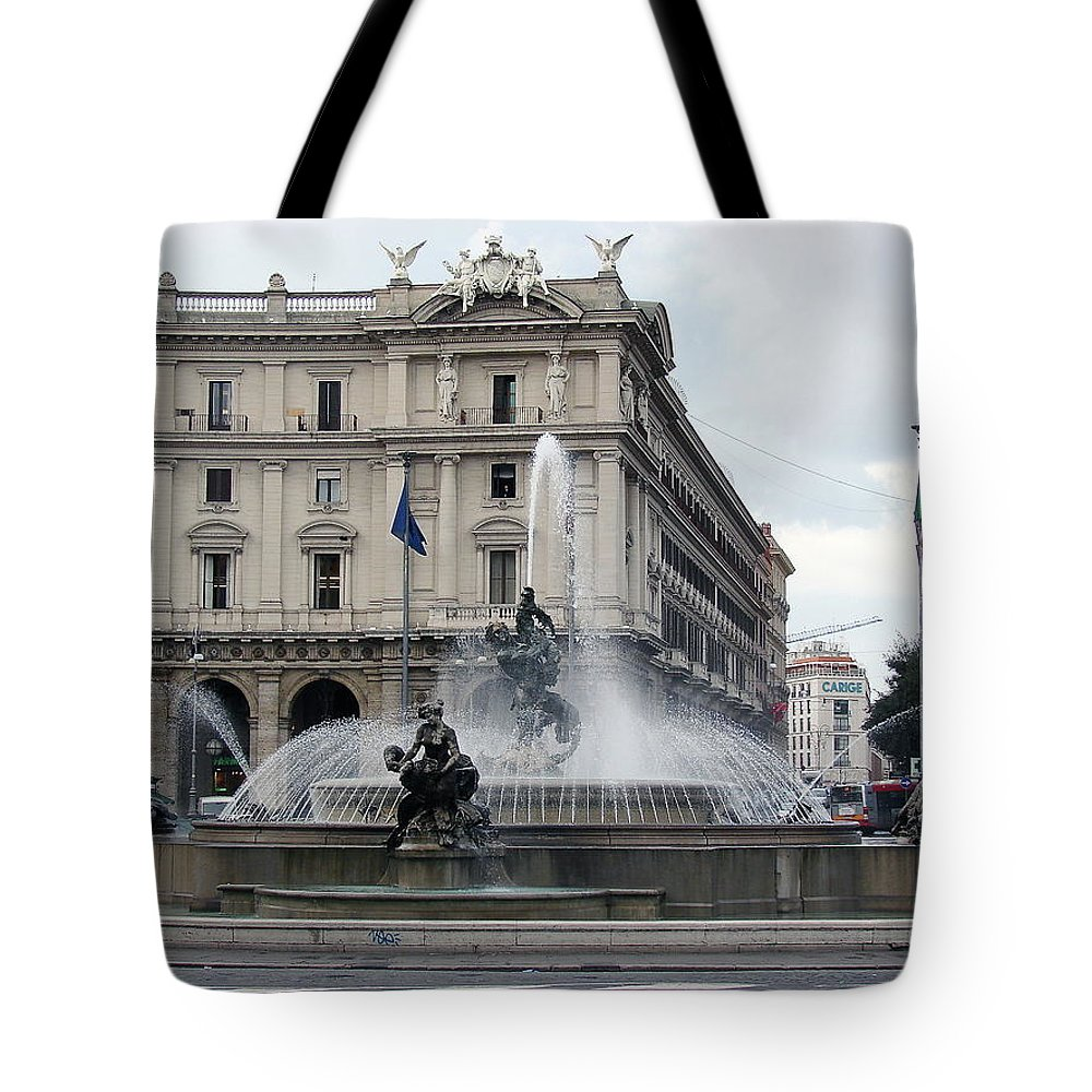 Rome Tote Bag featuring the photograph Rome Italy Fountain by Brett Winn
