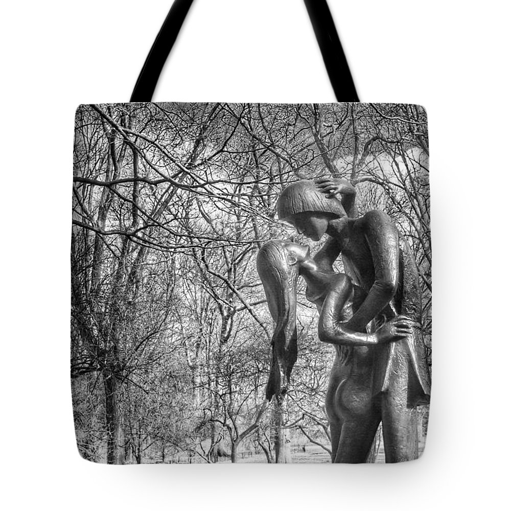 New Tote Bag featuring the photograph Romeo And Juliet by Heather Reichel