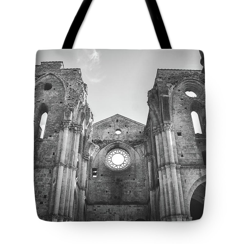 Abandoned Tote Bag featuring the photograph Roofless Church Black And White by Luca Lorenzelli