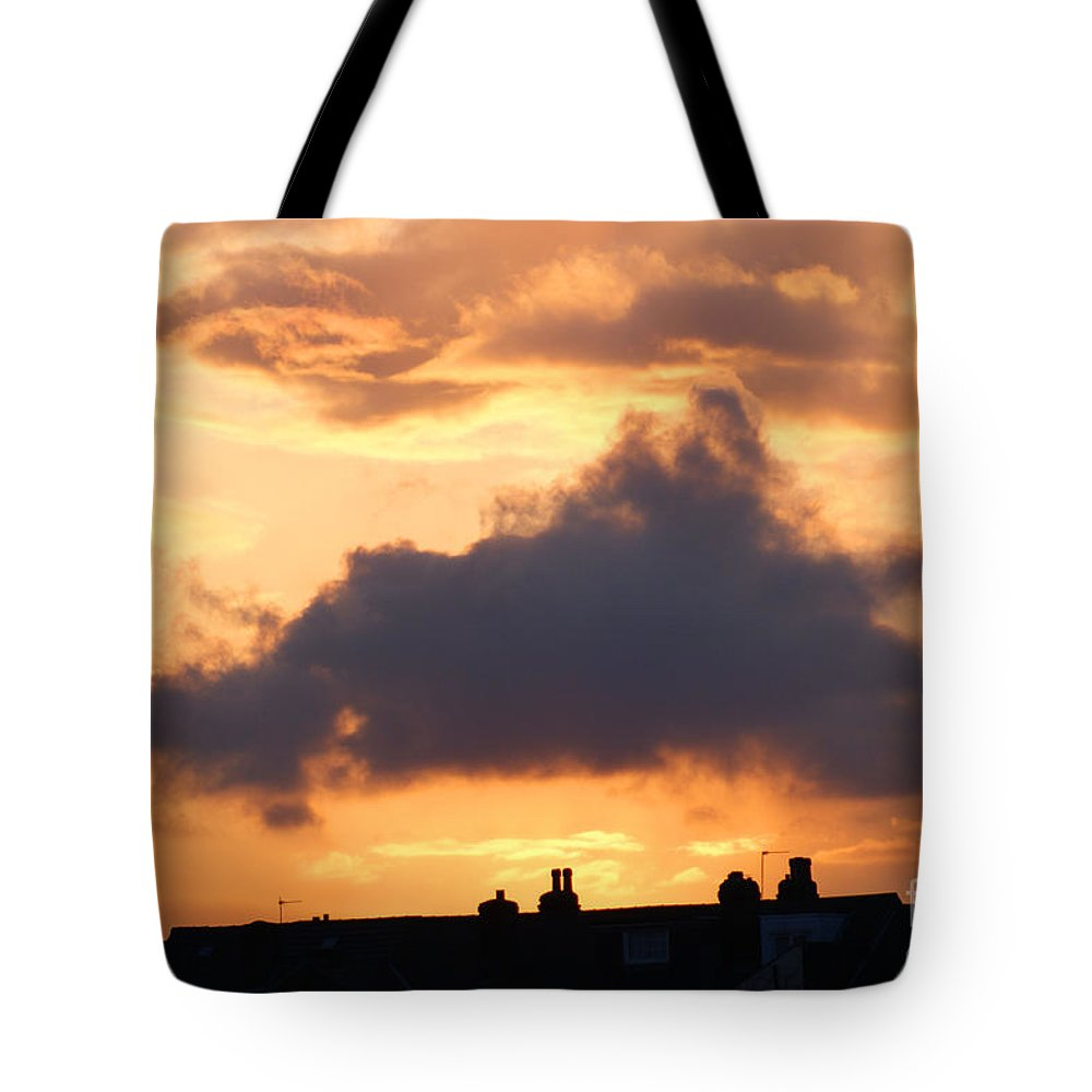 Sunset Tote Bag featuring the photograph Rooftop Sunset 2 by Carol Lynch