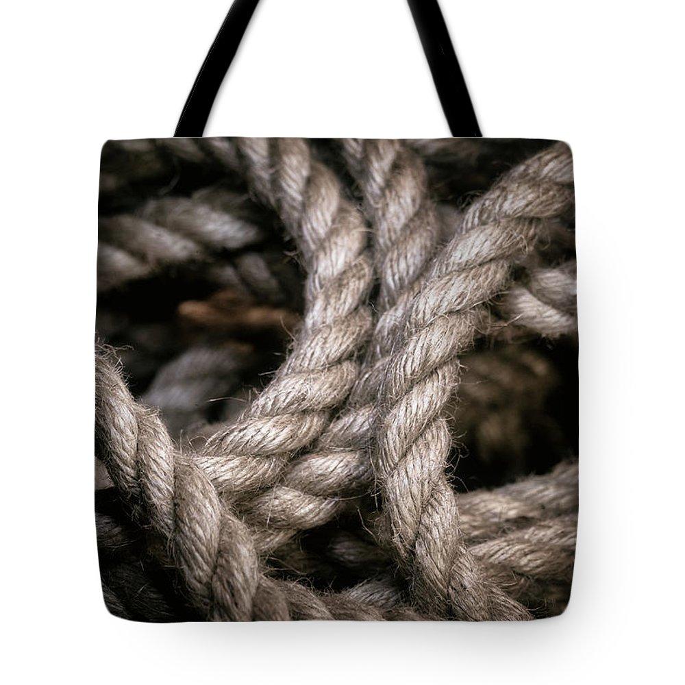 Lasso Tote Bags