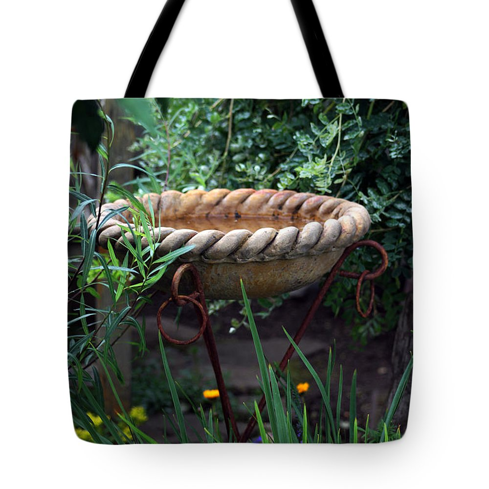 Garden Scene Tote Bag featuring the photograph Rope Edged Bird Bath by Sandra Foster