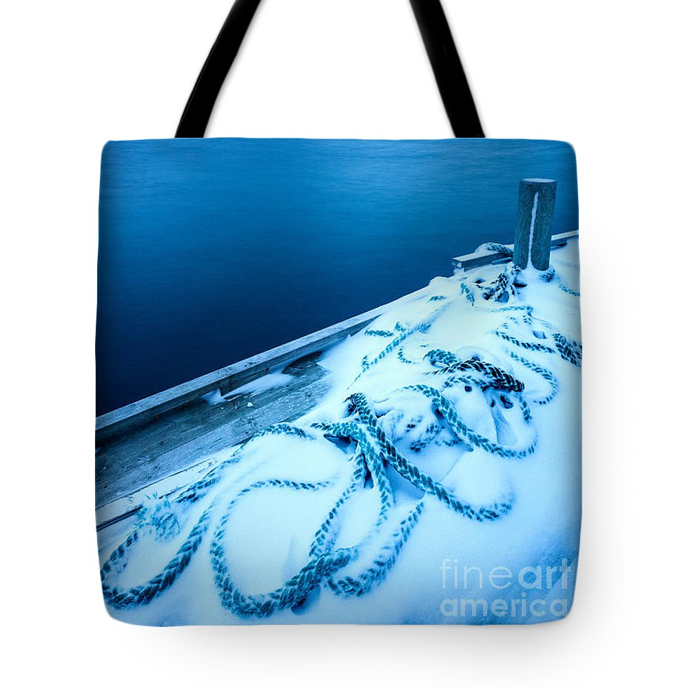Norway Tote Bag featuring the photograph Ropedrift by Richard Burdon
